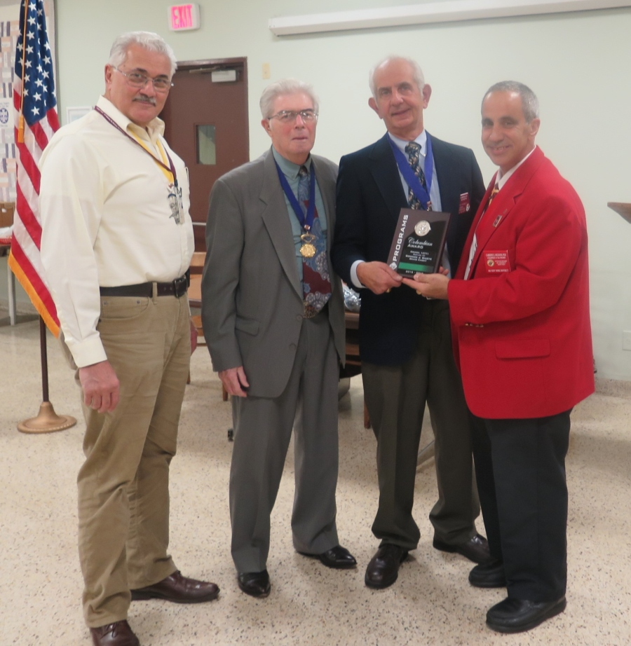 8th NY District Deputy presents GK Dominick J. Giusto with Columbian Award at the St. Joseph the Carpenter Council #14771 Business meeting on November 8, 2016.